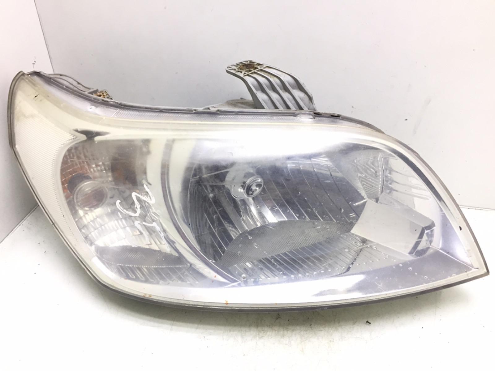 Фара правая Chevrolet Aveo T250 1.4 I 2008 (б/у)