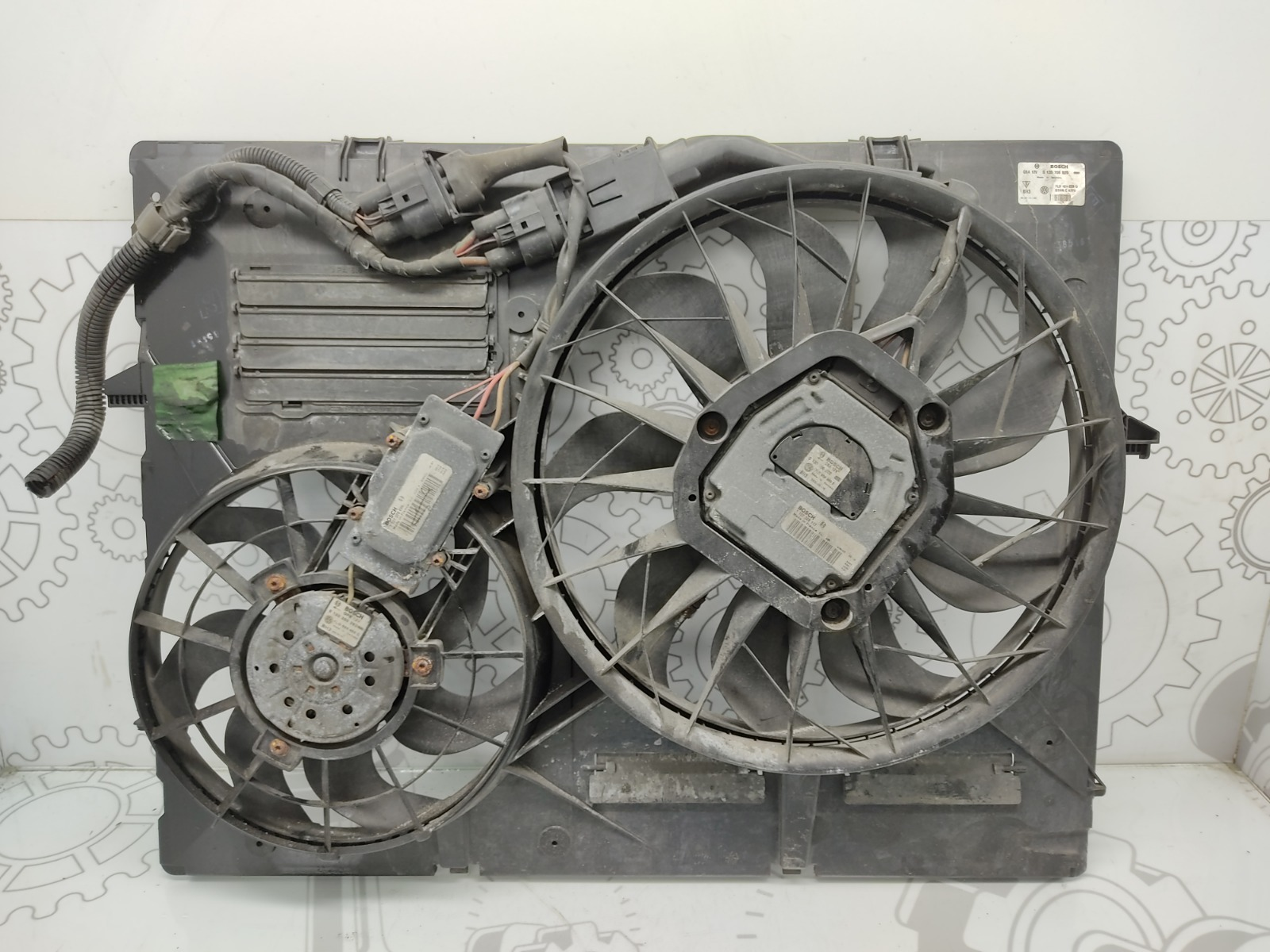 Вентилятор радиатора Porsche Cayenne 955 4.5 I 2003 (б/у)