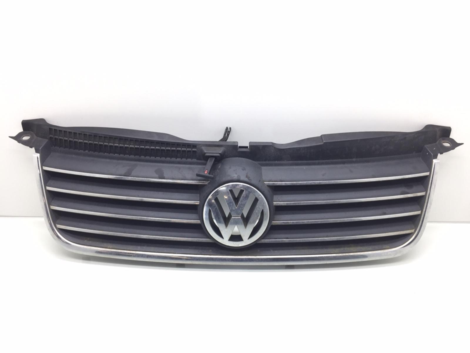 Решетка радиатора Volkswagen Passat B5 1.8 TI 2003 (б/у)