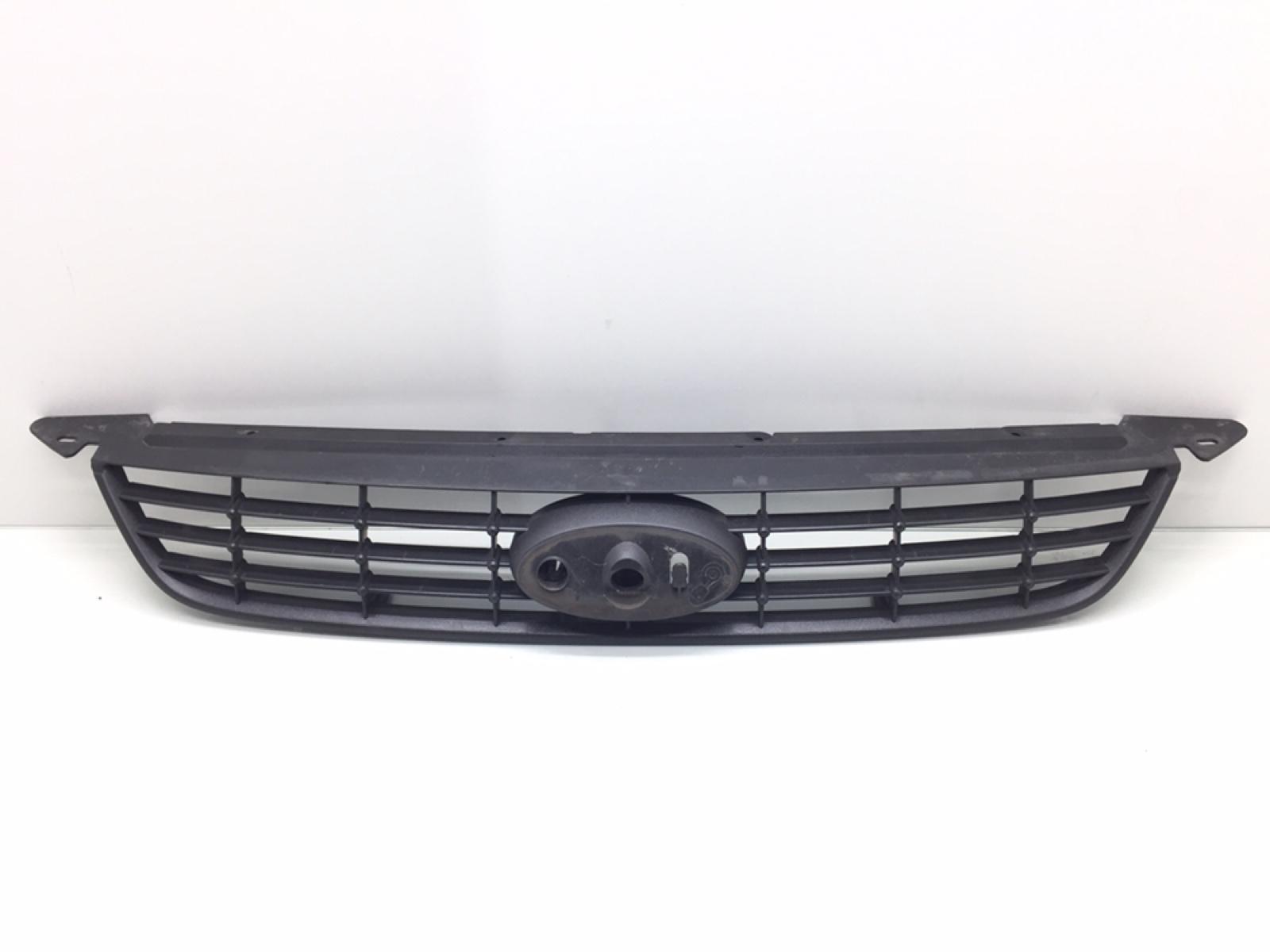 Решетка радиатора Ford Focus 1.6 TDCI 2008 (б/у)