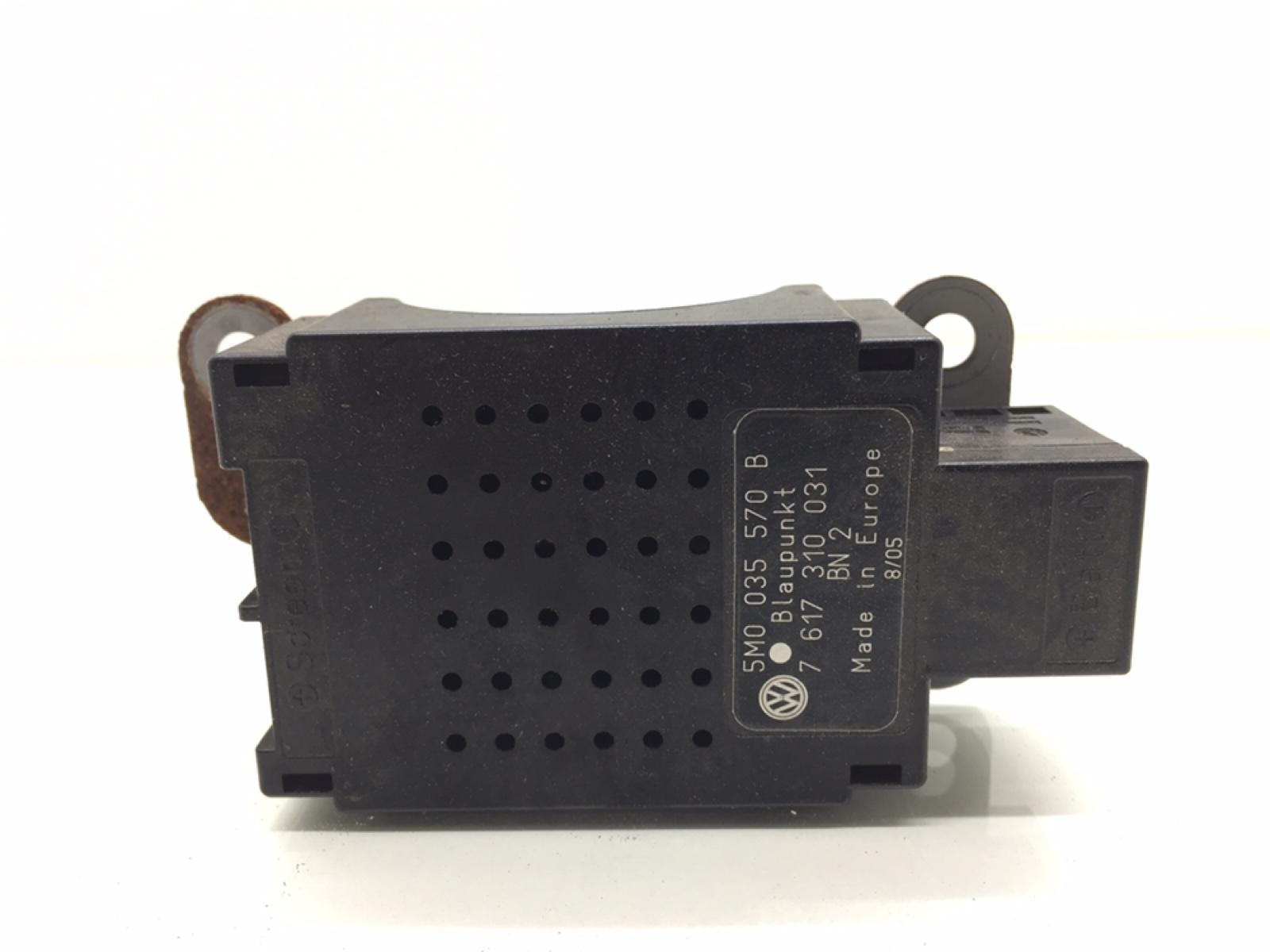Усилитель антенны Volkswagen Golf 5 1.6 FSI 2005 (б/у)