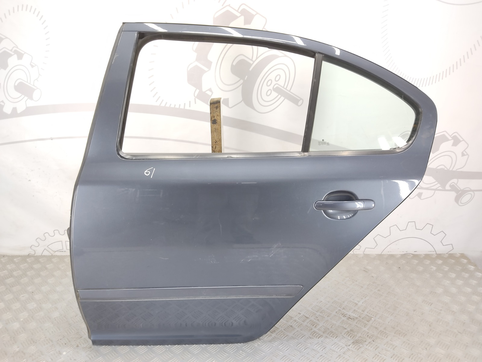 Дверь задняя левая Skoda Octavia 1.6 TDI 2011 (б/у)