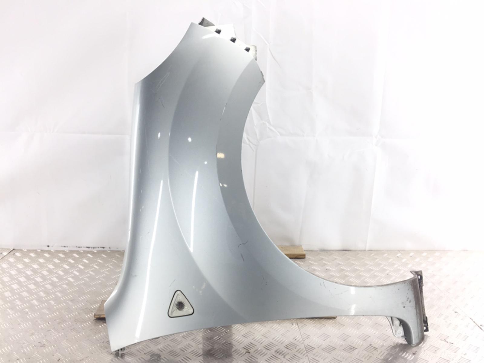 Крыло переднее правое Renault Kangoo 1.5 DCI 2010 (б/у)