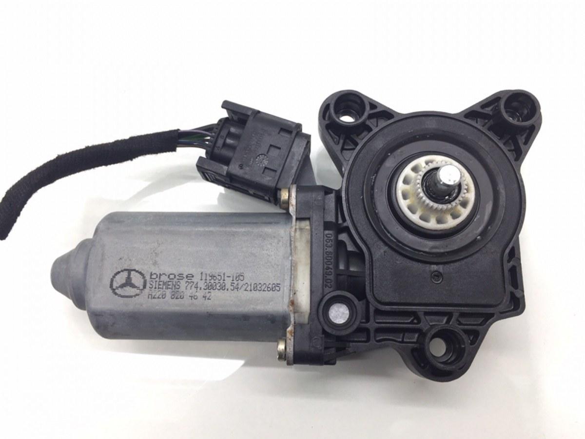 Моторчик стеклоподъемника передний левый Mercedes C W203 2.2 CDI 2002 (б/у)