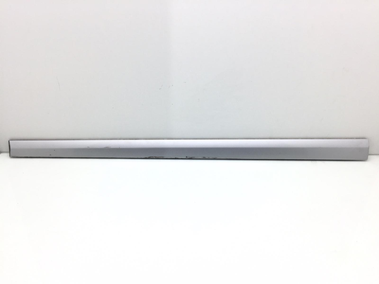 Молдинг двери передней левой Mercedes C W203 2.2 CDI 2002 (б/у)