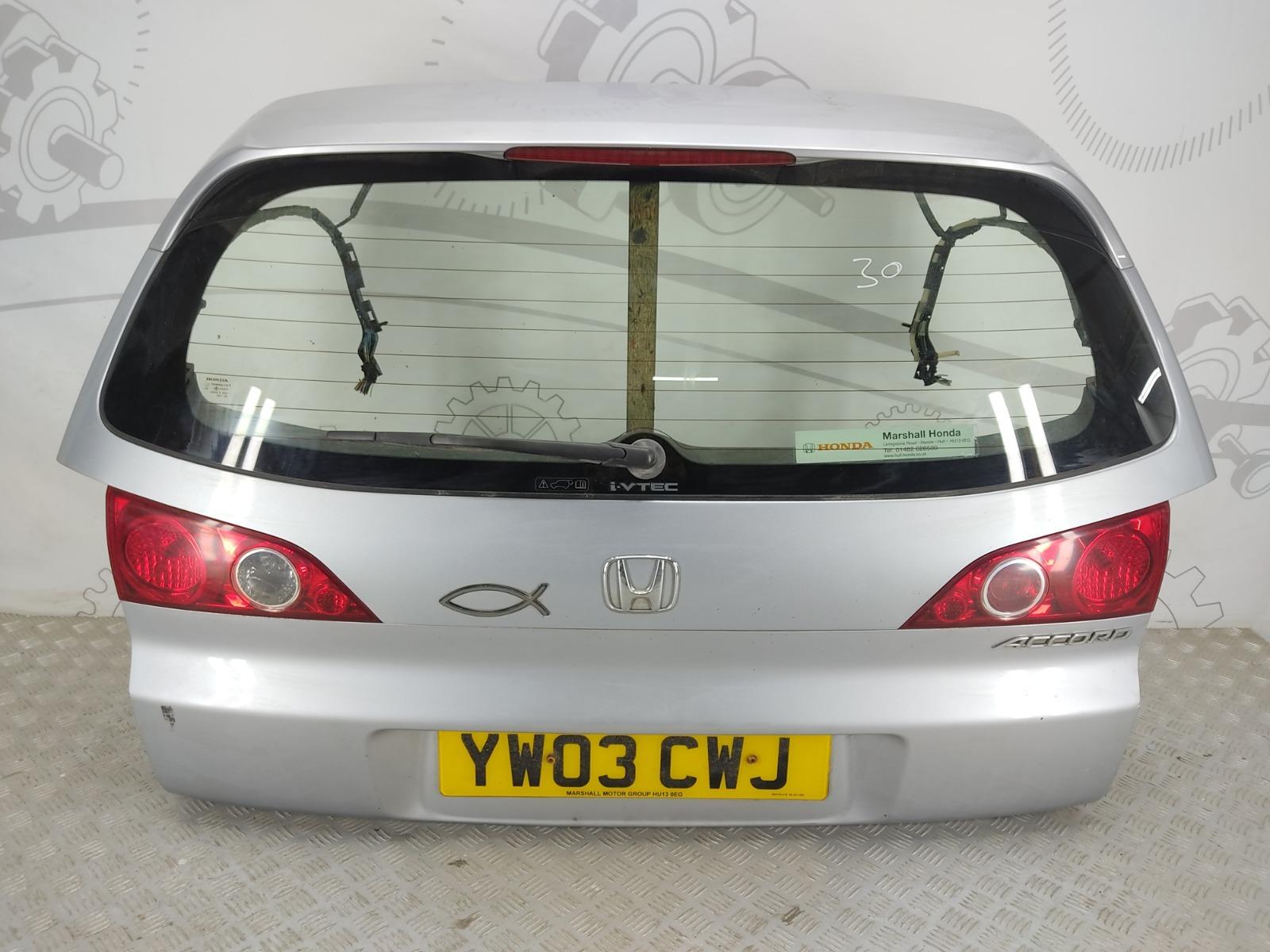 Крышка багажника Honda Accord MK6 2.0 I 2003 (б/у)