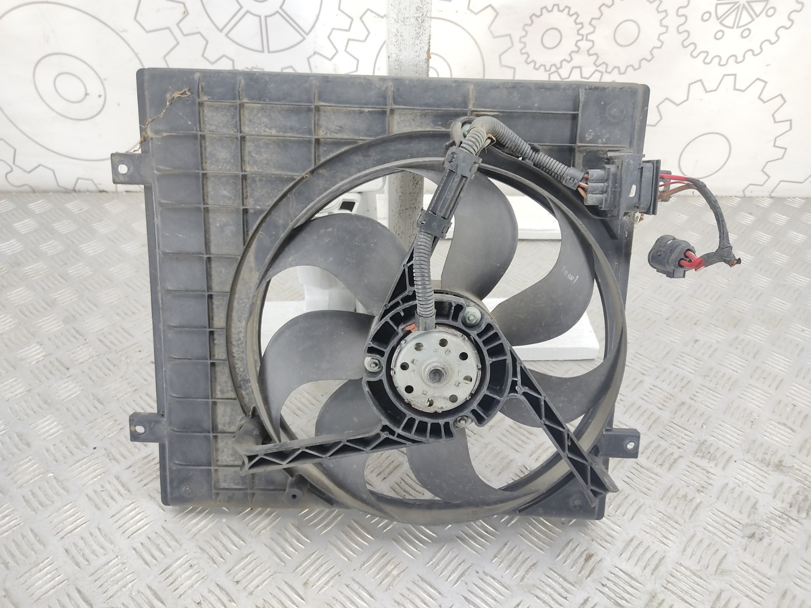 Вентилятор радиатора Skoda Fabia 1.2 I 2003 (б/у)