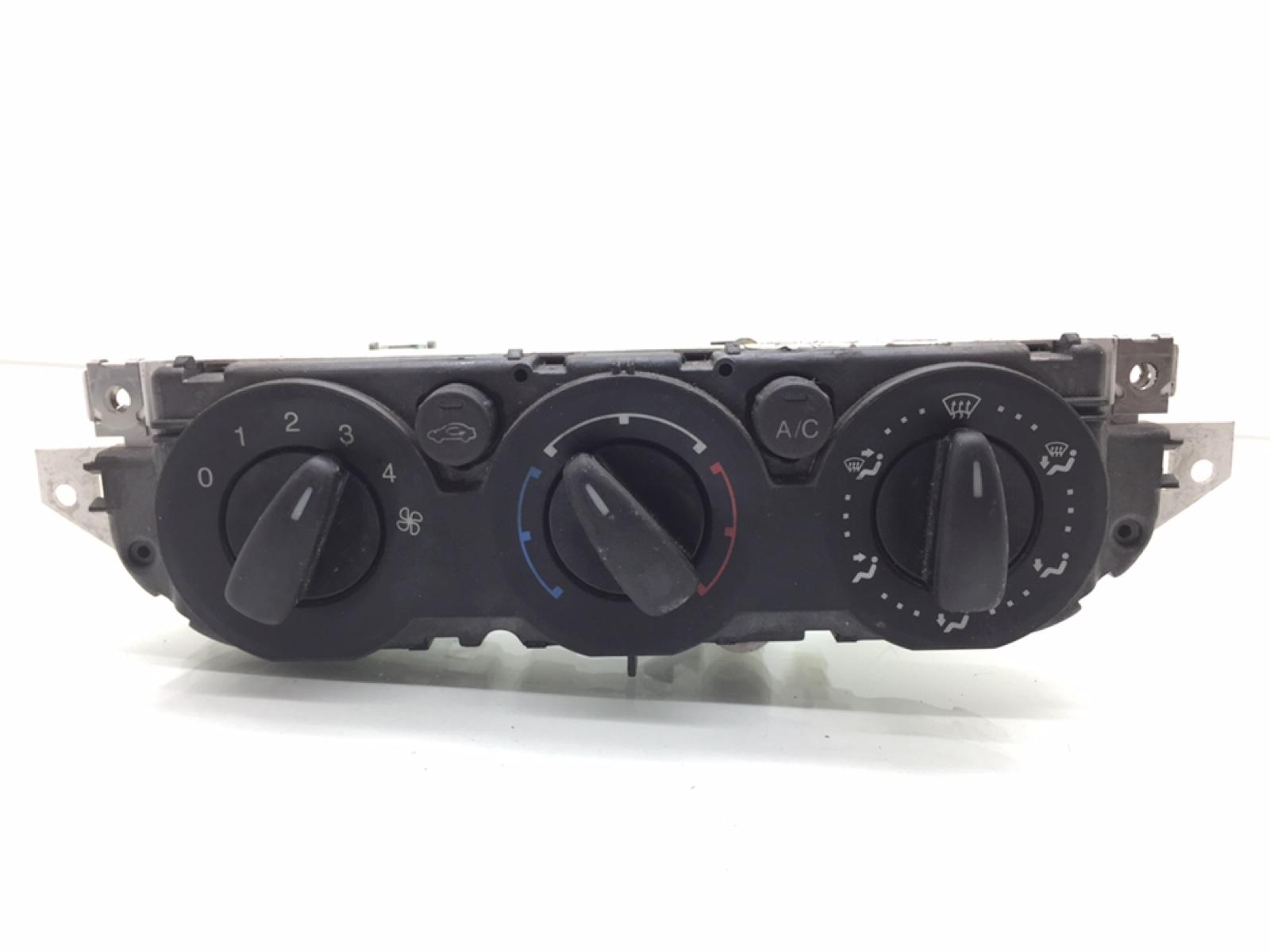 Блок управления печки/климат-контроля Ford Focus 1.6 TDCI 2008 (б/у)