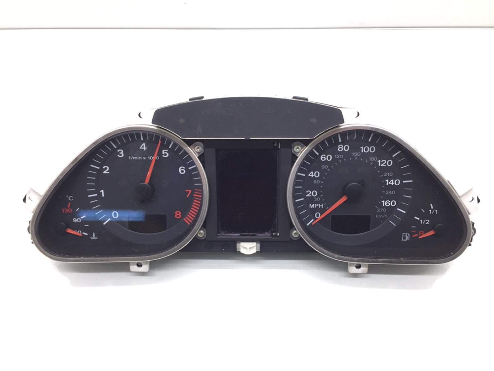 Щиток приборов (приборная панель) Audi A6 C6 2.4 I 2005 (б/у)