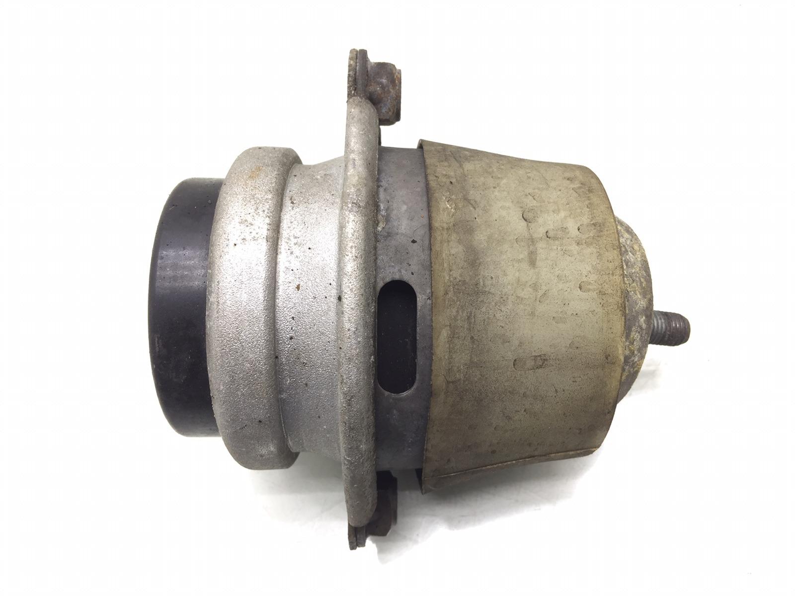 Подушка крепления двигателя Porsche Cayenne 955 4.5 I 2003 (б/у)