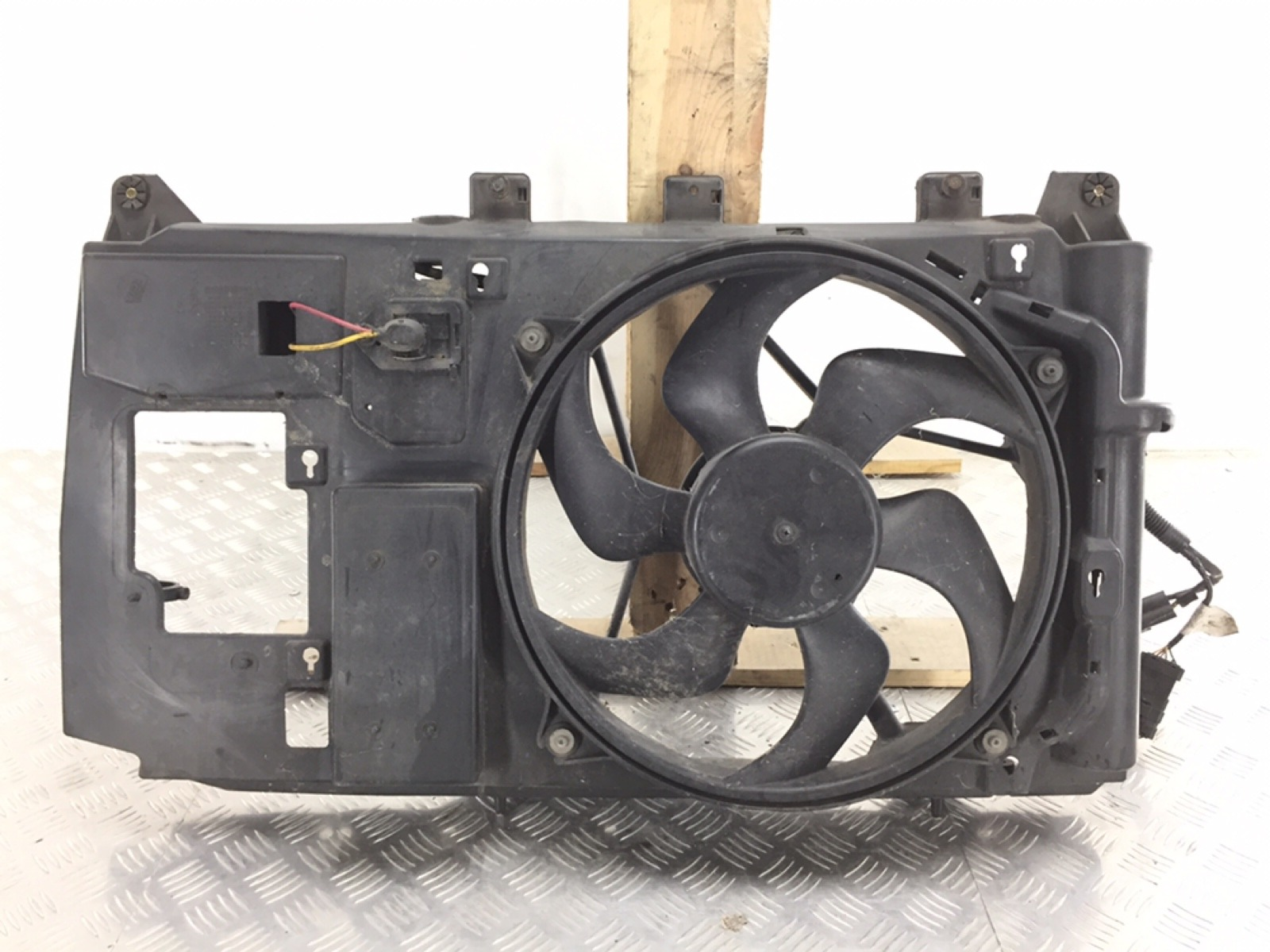 Вентилятор радиатора Citroen Xsara Picasso 1.6 I 2005 (б/у)