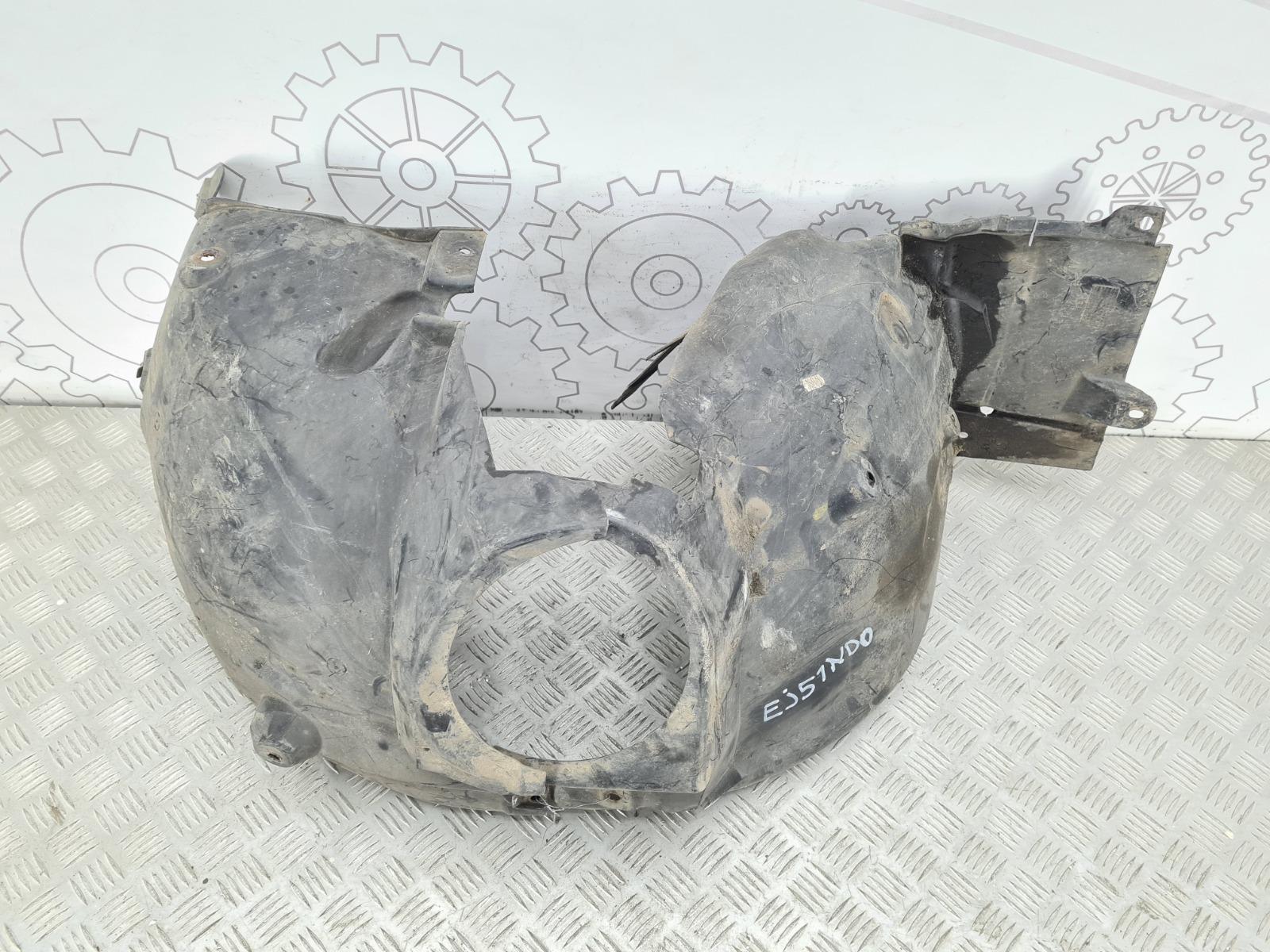 Защита арок передняя левая (подкрылок) Mercedes C W203 2.0 I 2001 (б/у)