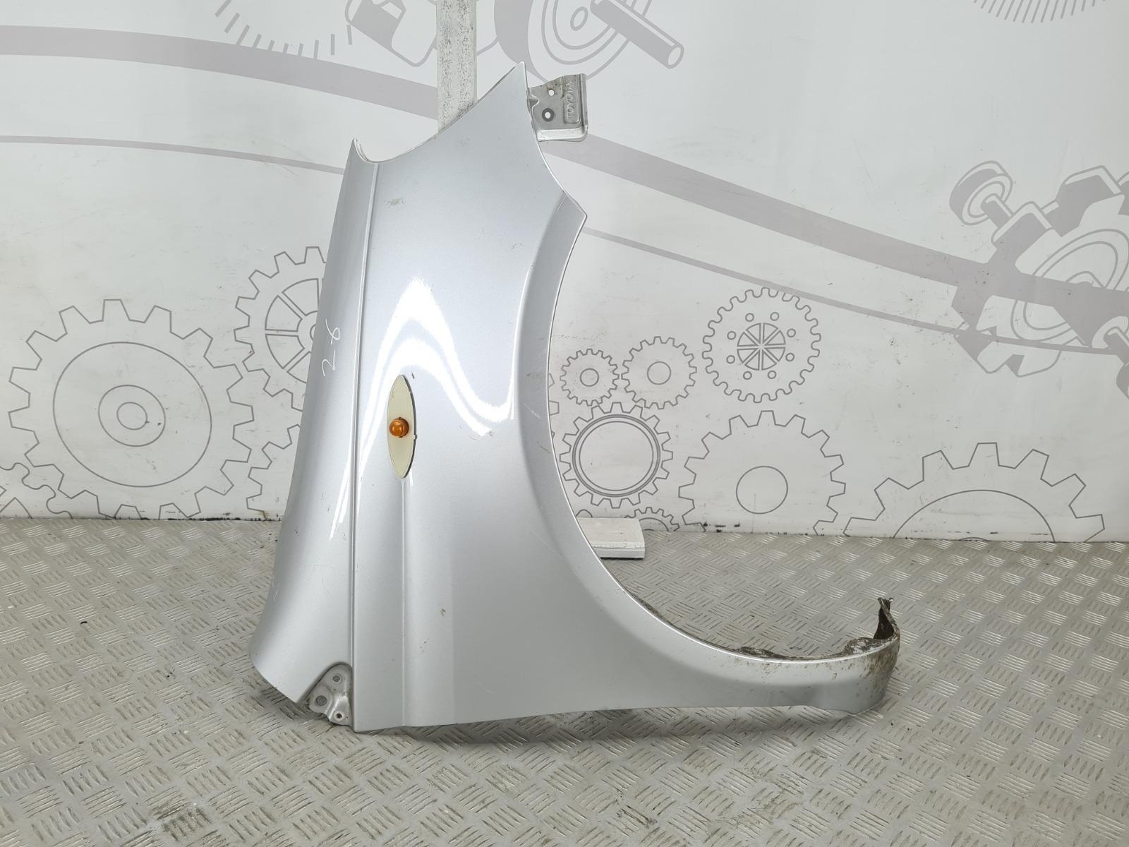 Крыло переднее правое Toyota Yaris P1 1.3 I 2002 (б/у)