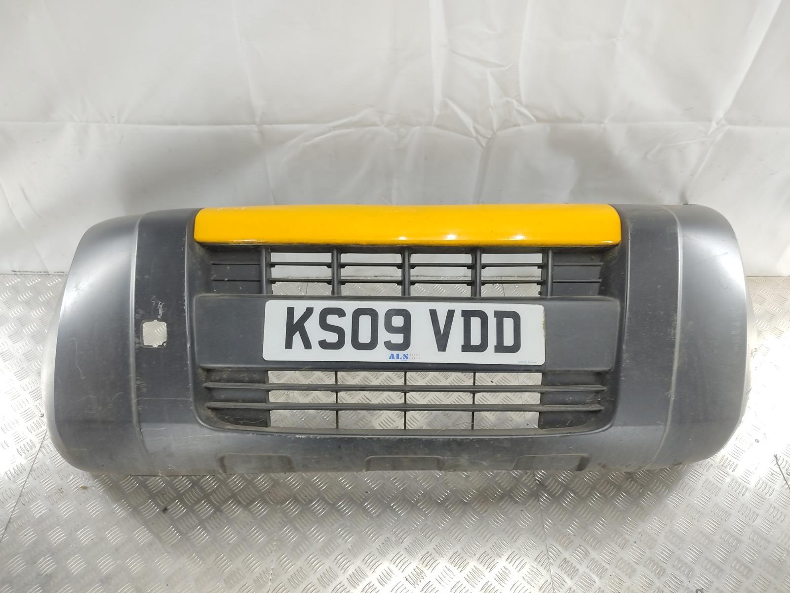 Бампер передний Peugeot Bipper 1.4 TD 2009 (б/у)