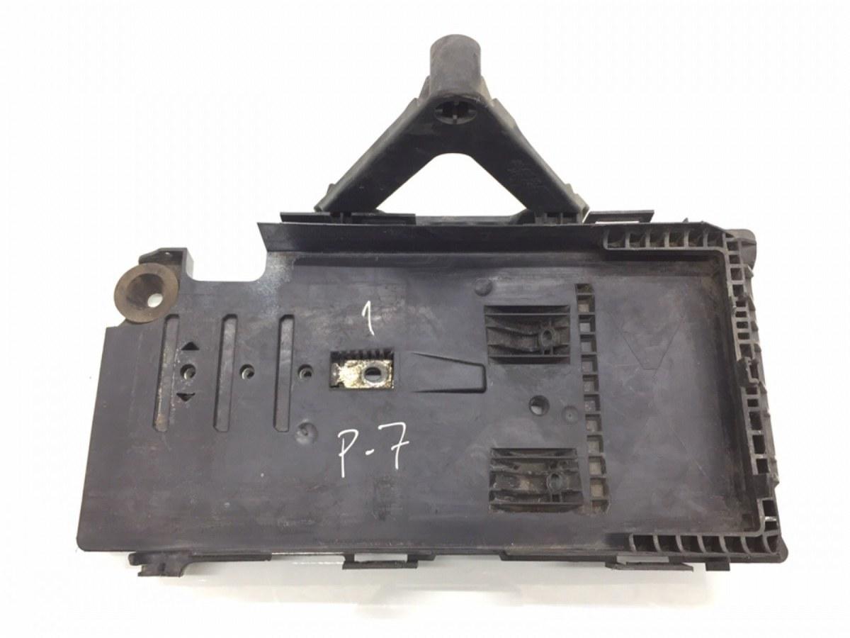 Полка аккумулятора Ford Mondeo 2.0 I 2008 (б/у)