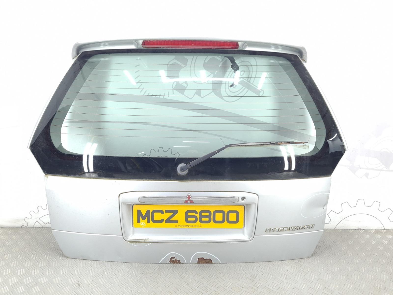Крышка багажника (дверь 3-5) Mitsubishi Space Wagon 3 2.4 I 2002 (б/у)