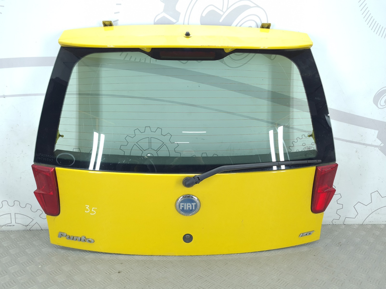 Крышка багажника Fiat Punto 2 1.8 I 2004 (б/у)