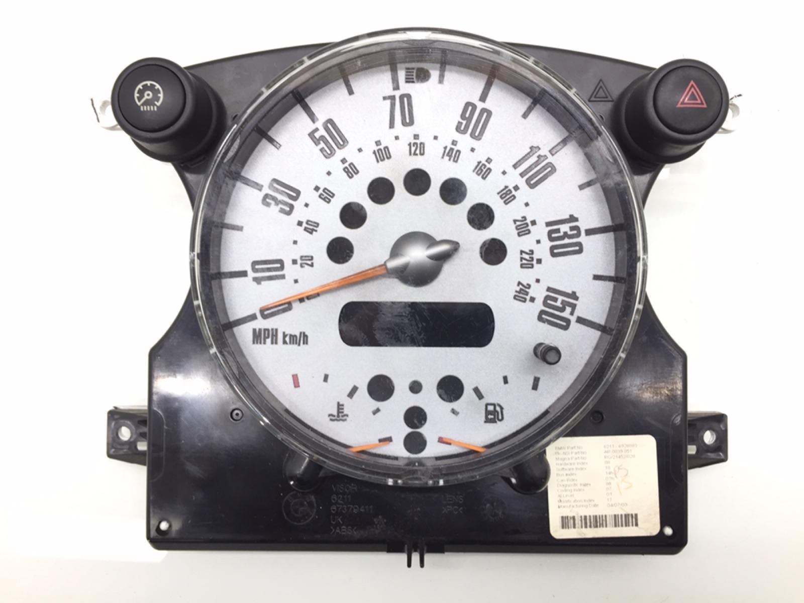Щиток приборов (приборная панель) Mini Cooper R50 1.4 TD 2003 (б/у)
