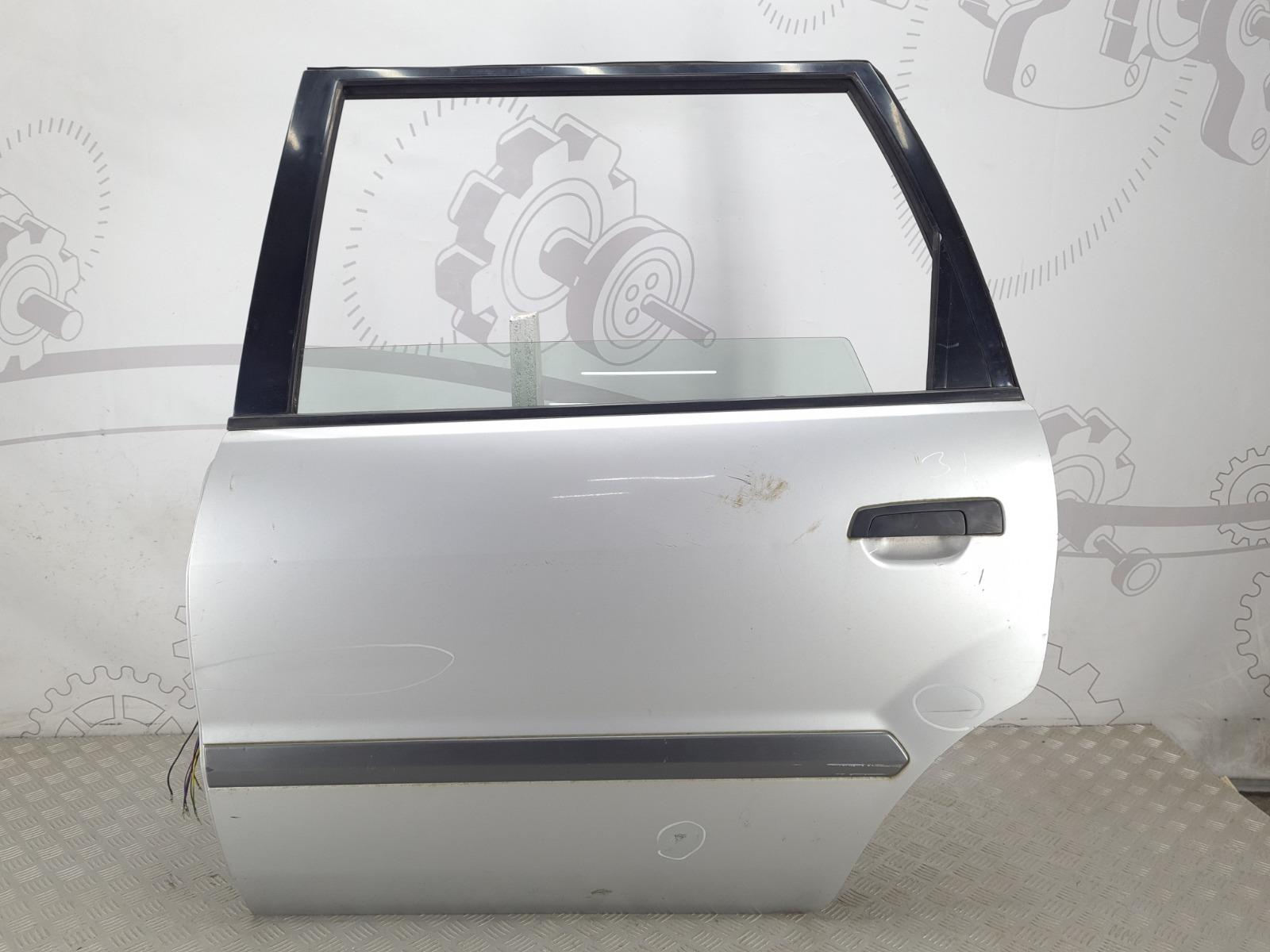 Дверь задняя левая Mitsubishi Space Wagon 3 2.4 I 2002 (б/у)