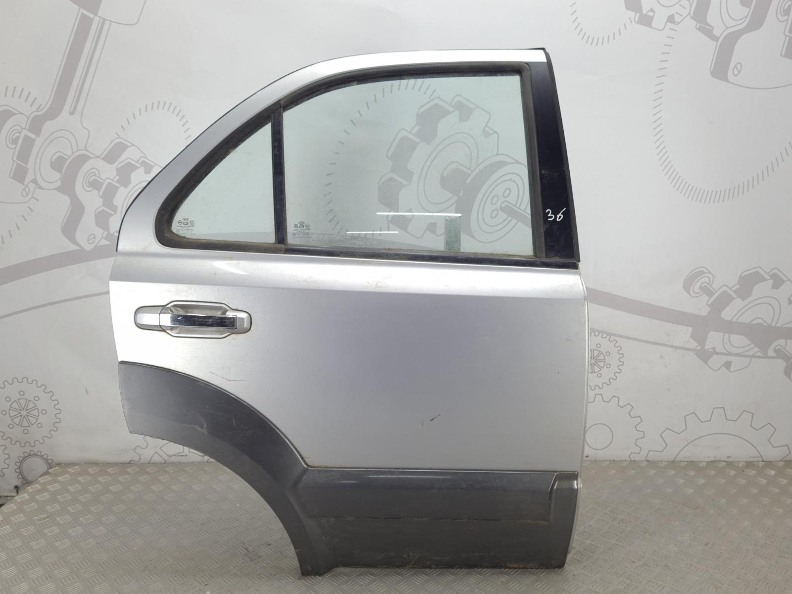 Дверь задняя правая Kia Sorento 2.5 CRDI 2004 (б/у)