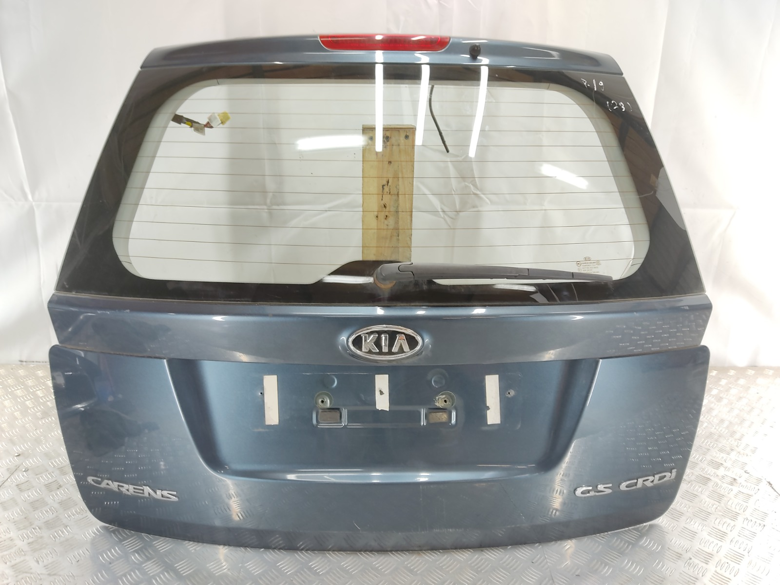 Крышка багажника Kia Carens 2.0 CRDI 2009 (б/у)