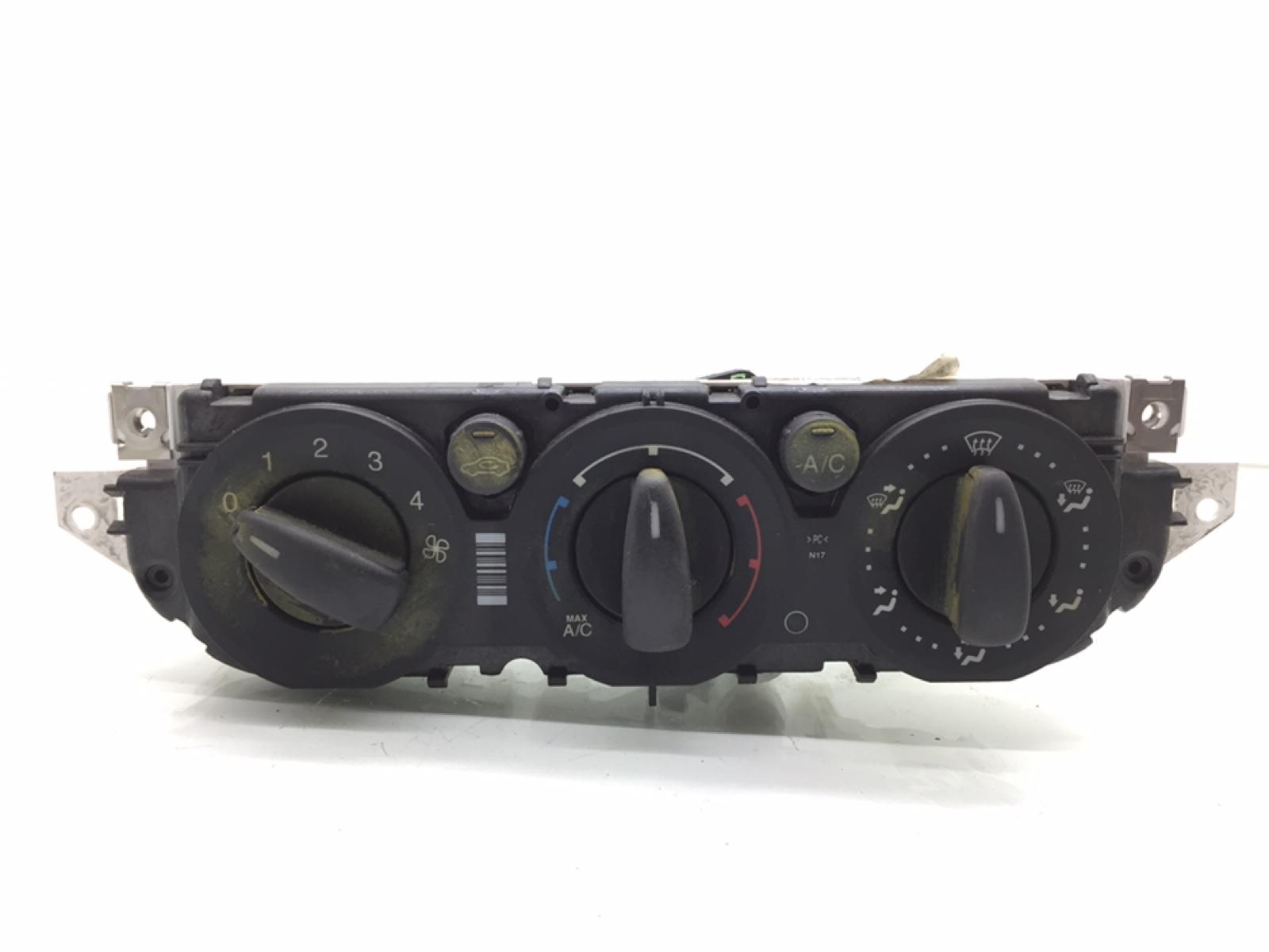 Блок управления печки/климат-контроля Ford Focus 1.6 TDCI 2011 (б/у)