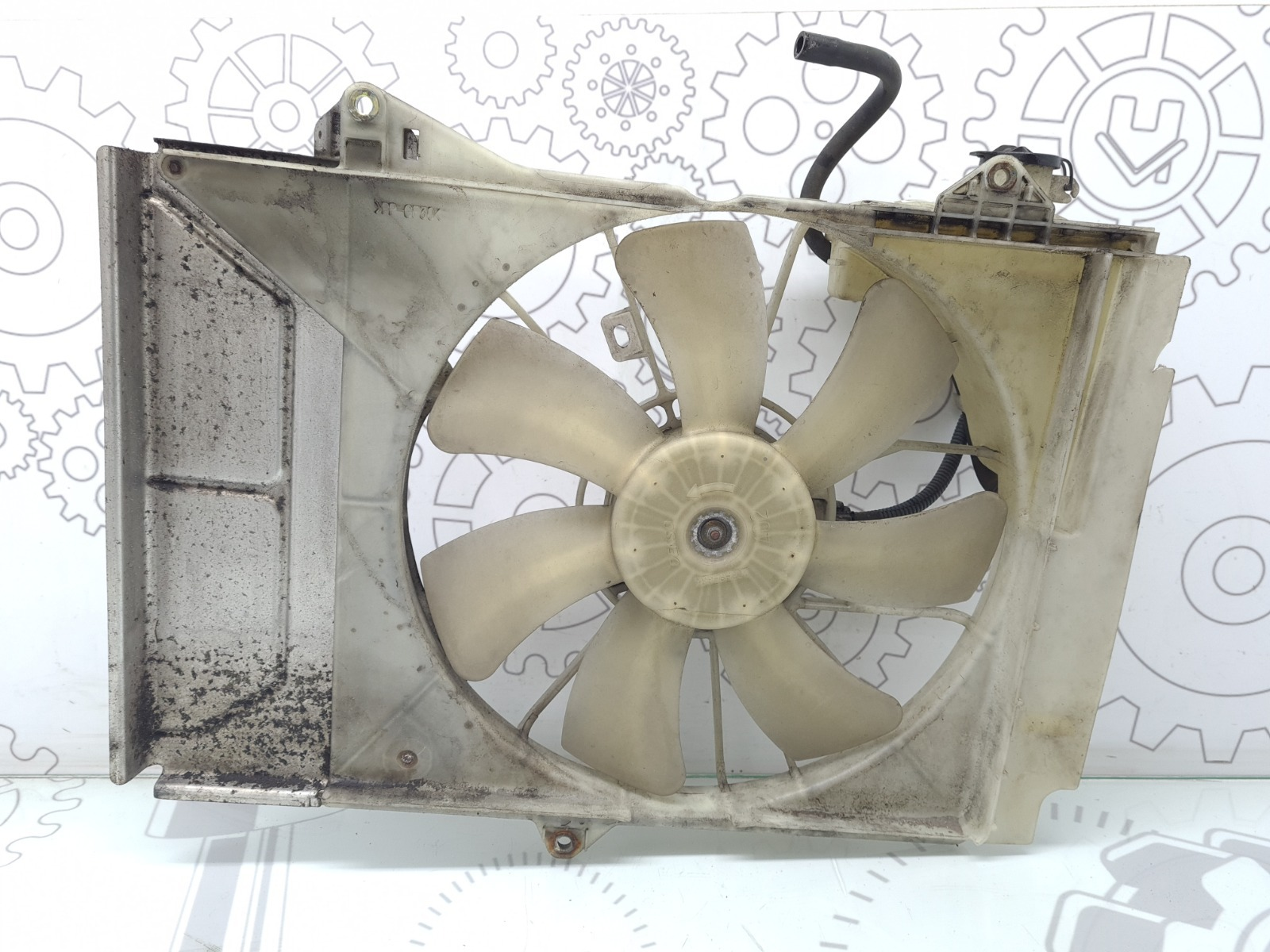 Вентилятор радиатора Toyota Yaris P1 1.3 I 2002 (б/у)