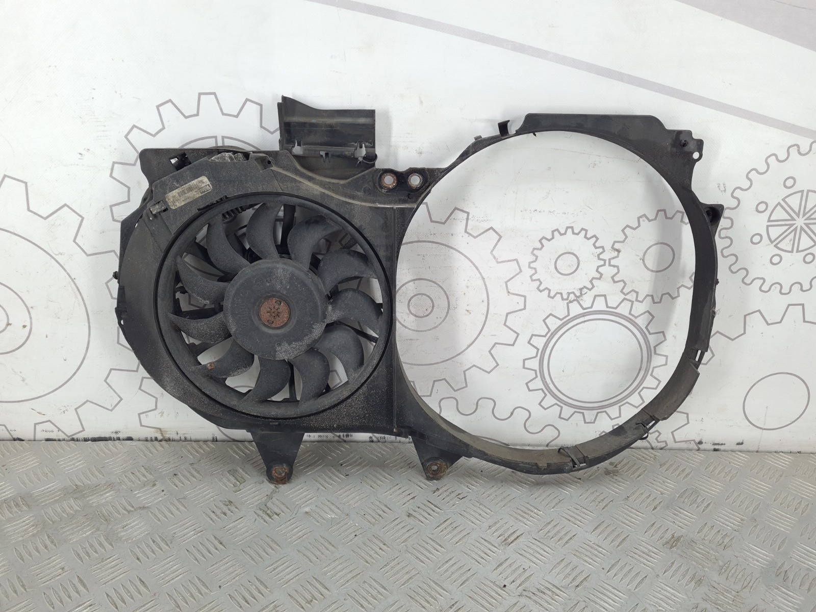 Вентилятор радиатора Audi A4 B6 1.9 TDI 2003 (б/у)