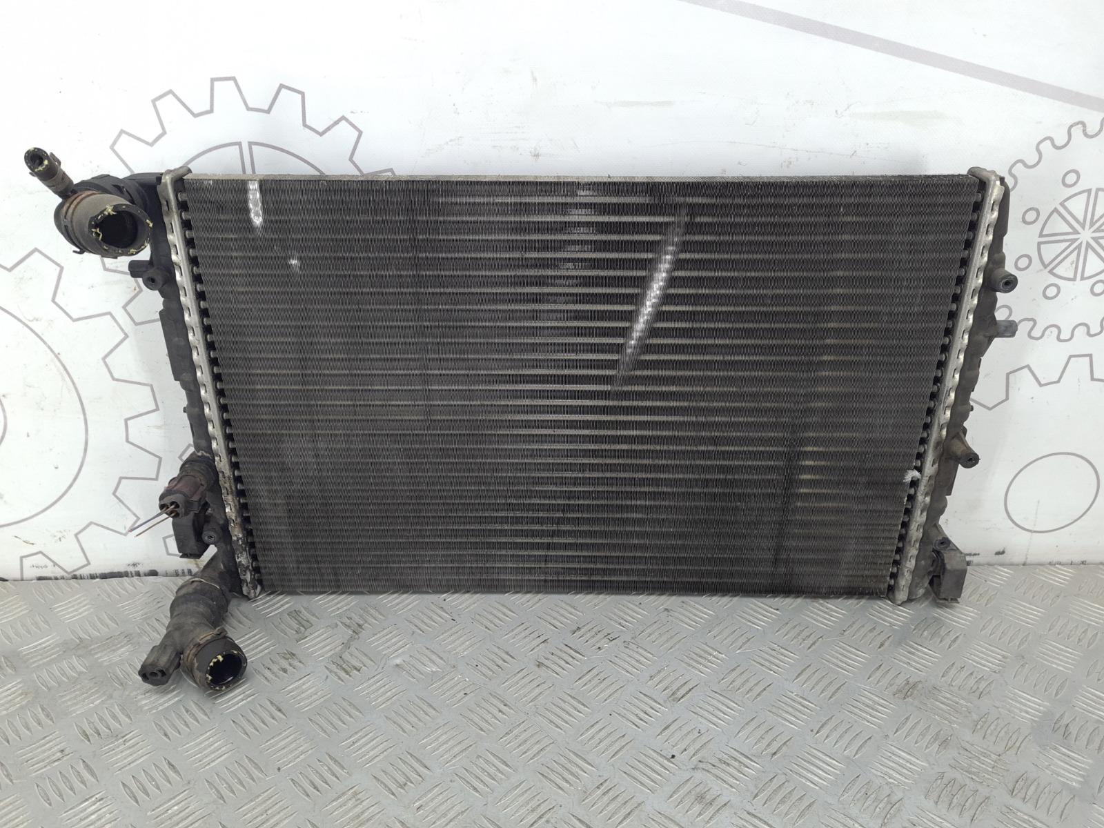 Радиатор (основной) Volkswagen Polo 1.4 I 2002 (б/у)