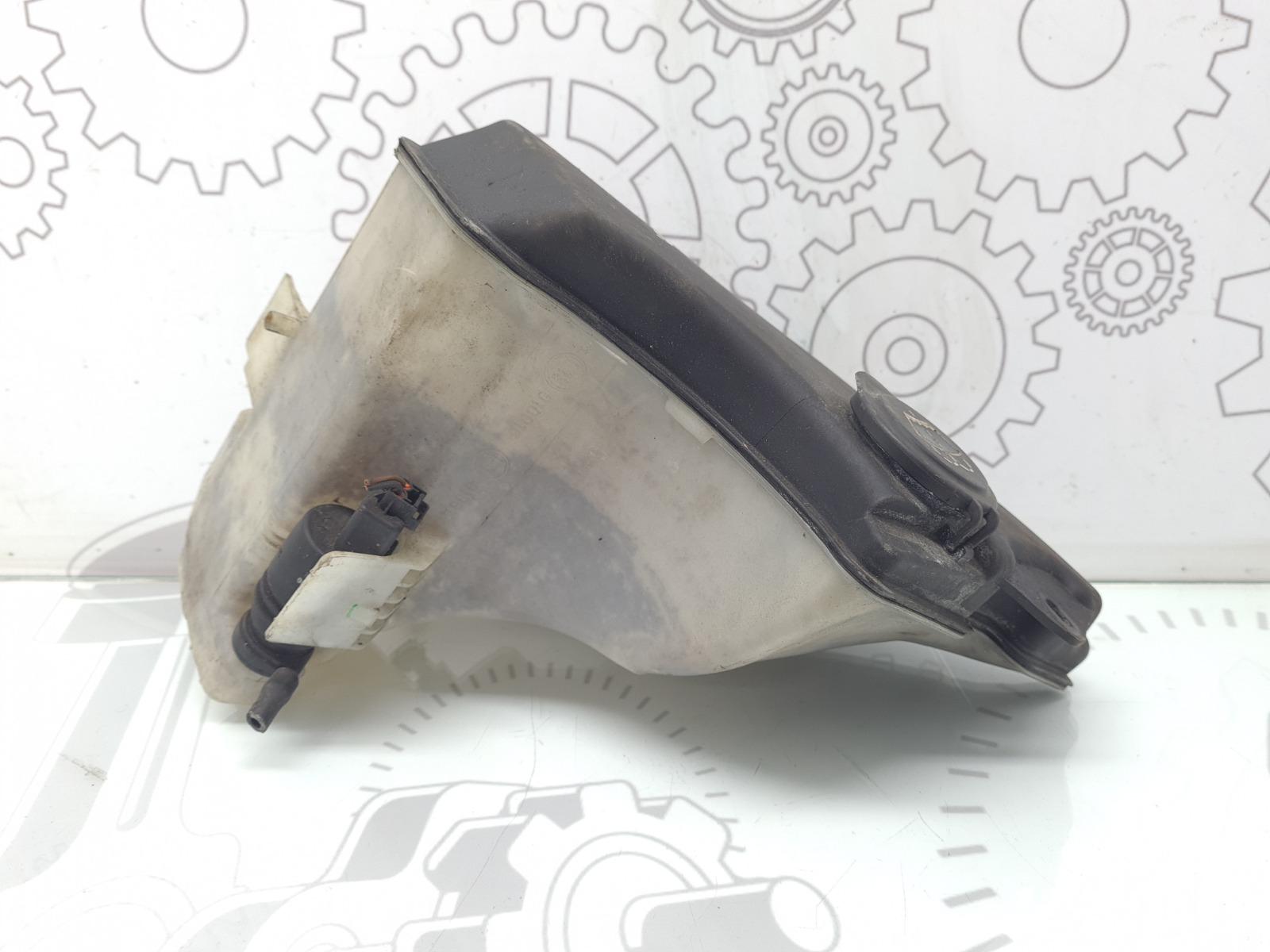 Бачок омывателя Bmw 3 E46 2.0 I 2003 (б/у)