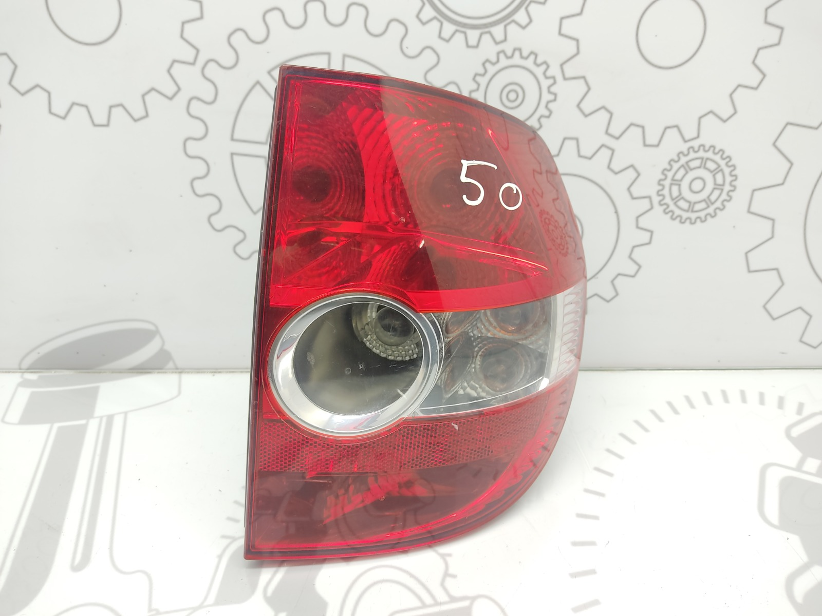Фонарь задний правый Volkswagen Fox 1.2 I 2008 (б/у)