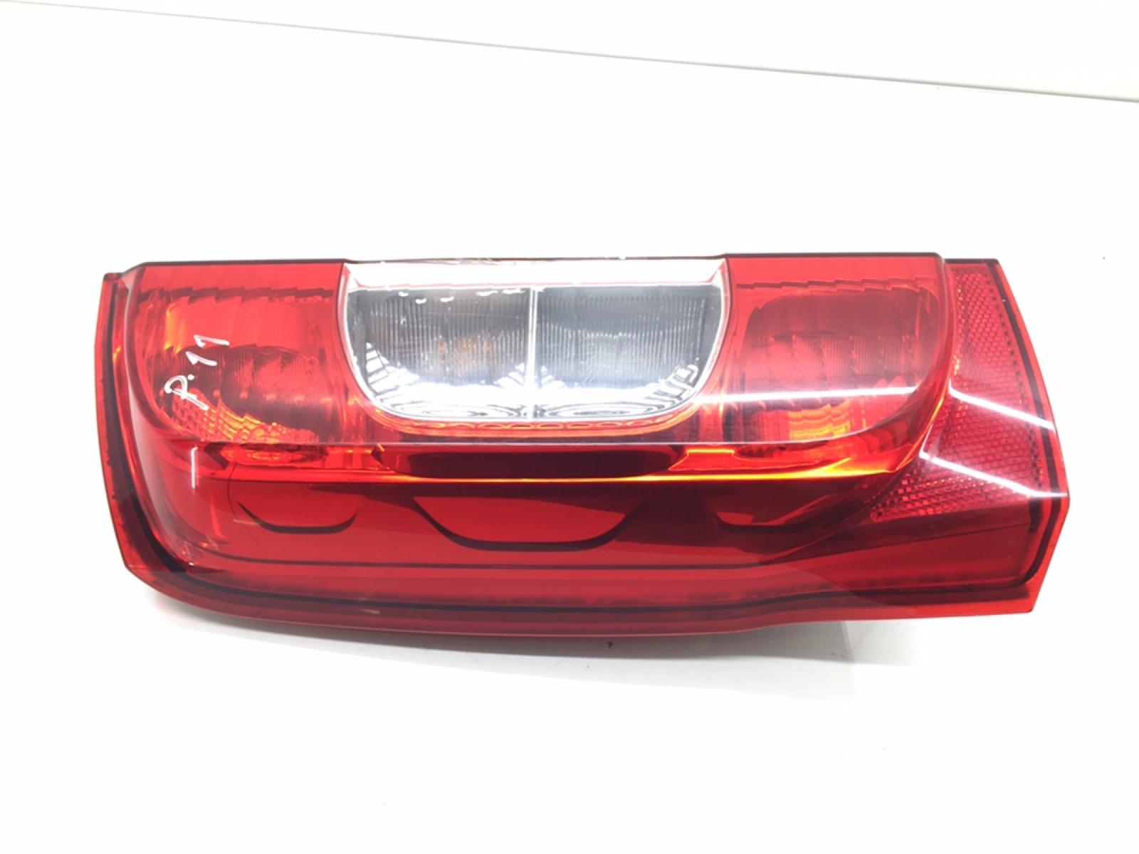 Фонарь задний левый Peugeot Bipper 1.4 TD 2009 (б/у)