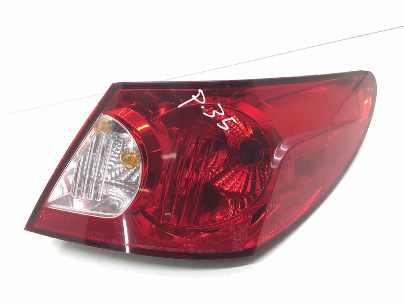 Фонарь задний правый Chrysler Sebring 3 2.4 I 2007 (б/у)