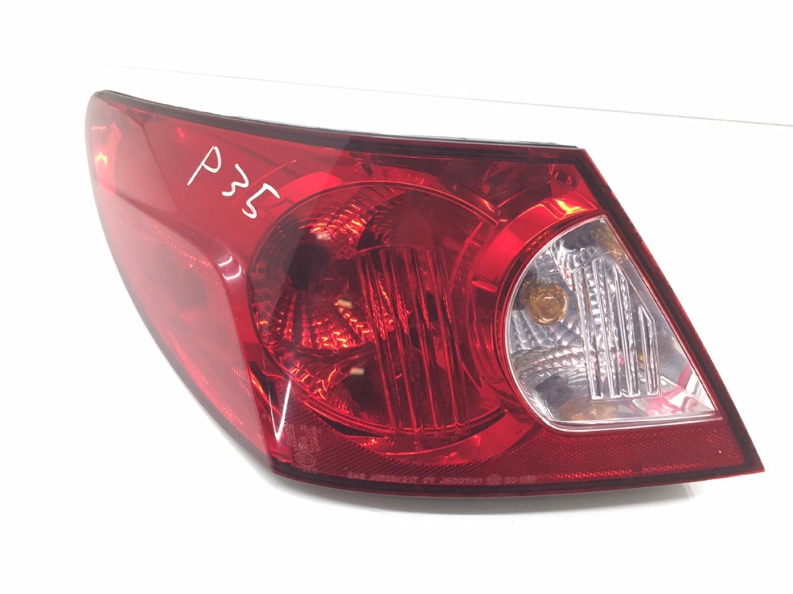 Фонарь задний левый Chrysler Sebring 3 2.4 I 2007 (б/у)