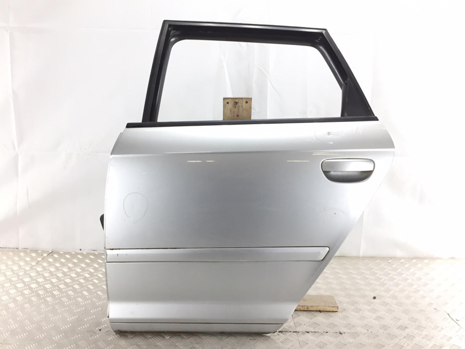 Дверь задняя левая Audi A3 8P 2.0 TDI 2006 (б/у)