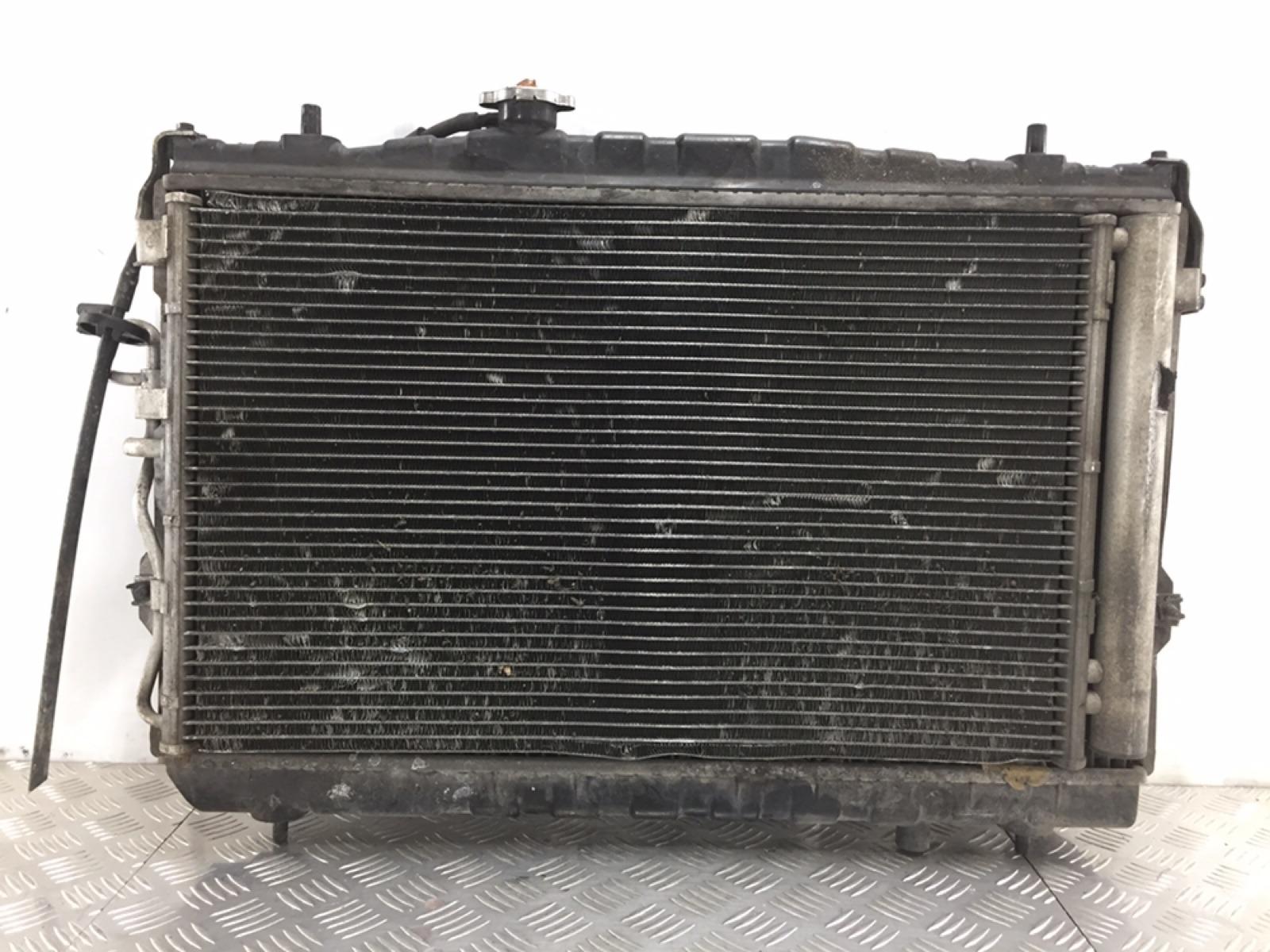 Кассета радиаторов Hyundai Coupe 2.0 I 2009 (б/у)