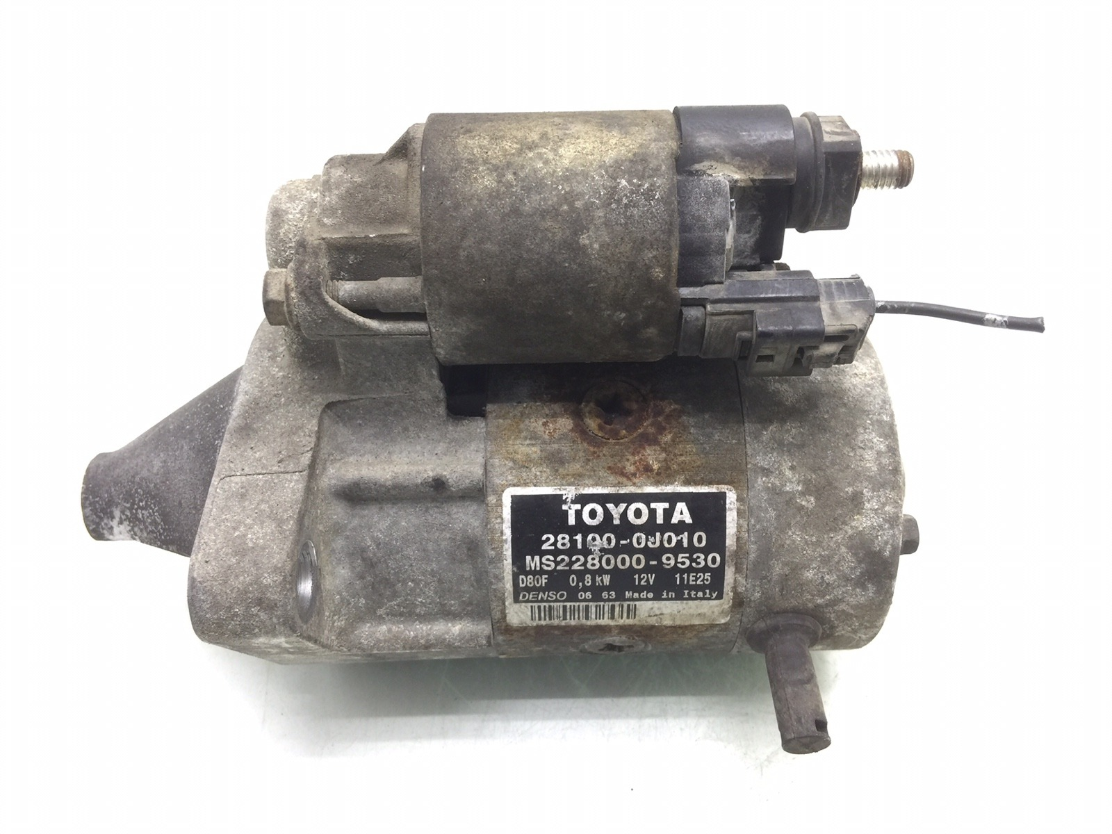 Стартер Toyota Yaris P1 1.0 I 2004 (б/у)