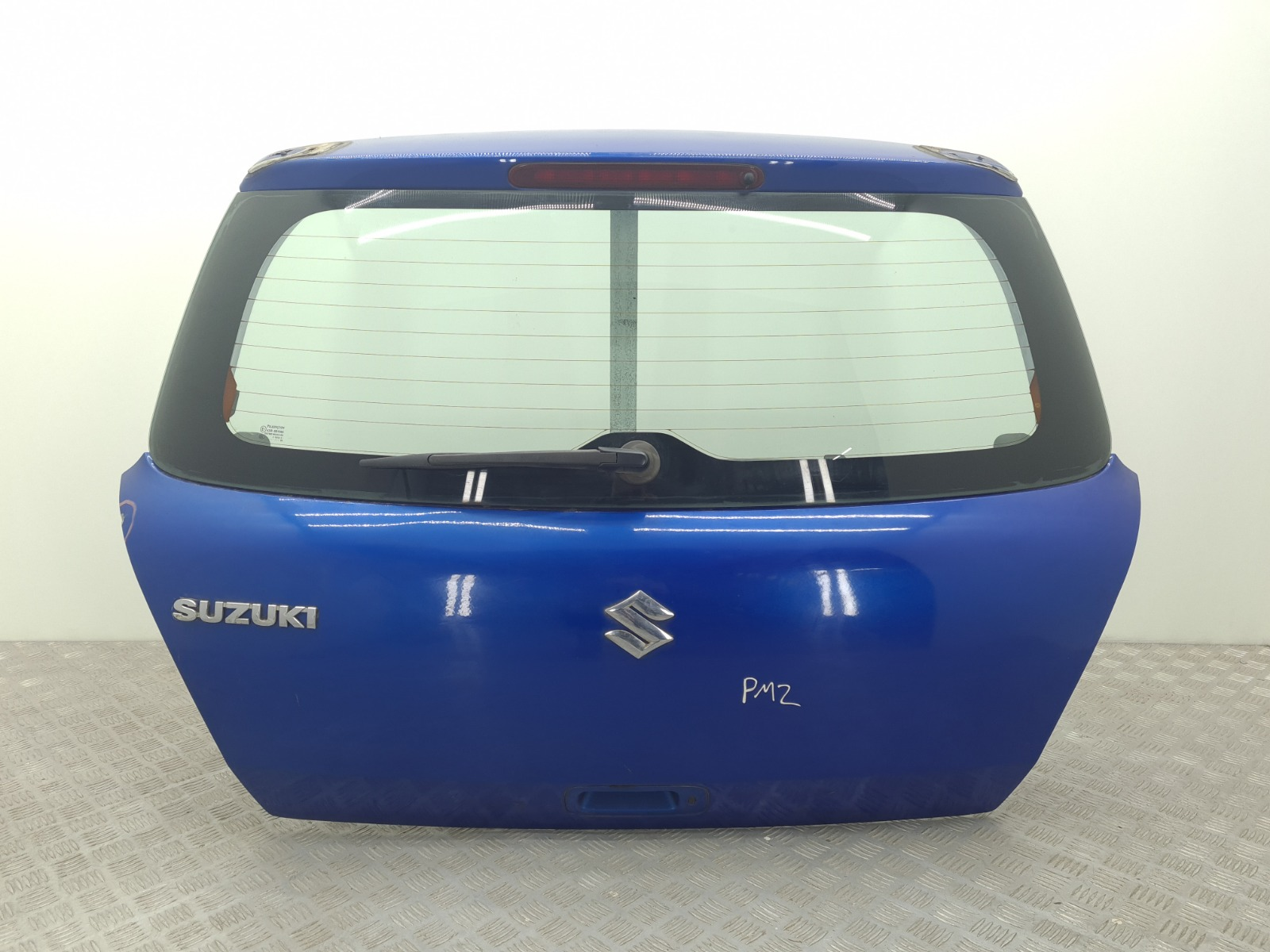 Крышка багажника Suzuki Swift 1.5 I 2005 (б/у)