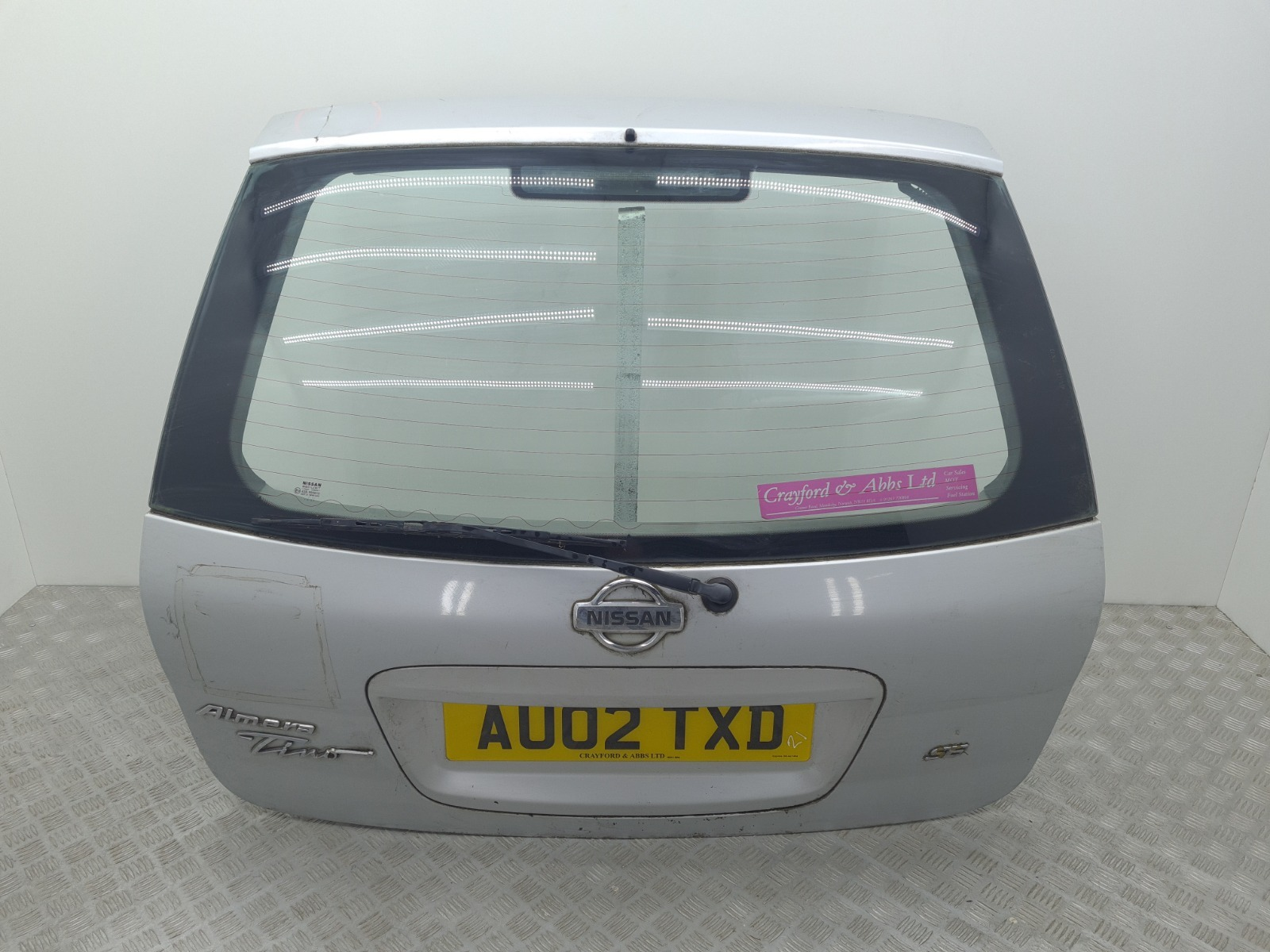 Крышка багажника Nissan Almera Tino 2.0 I 2002 (б/у)