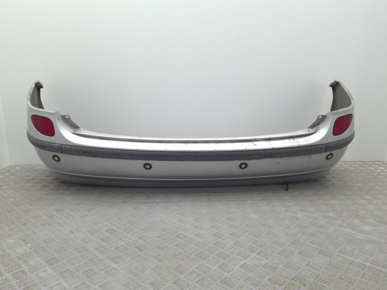 Бампер задний Nissan Almera Tino 2.0 I 2002 (б/у)