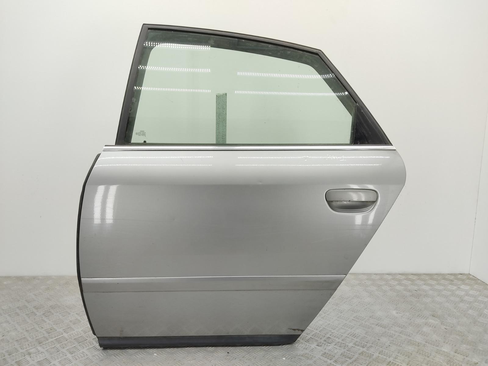 Дверь задняя левая Audi A6 C5 1.9 TDI 2002 (б/у)