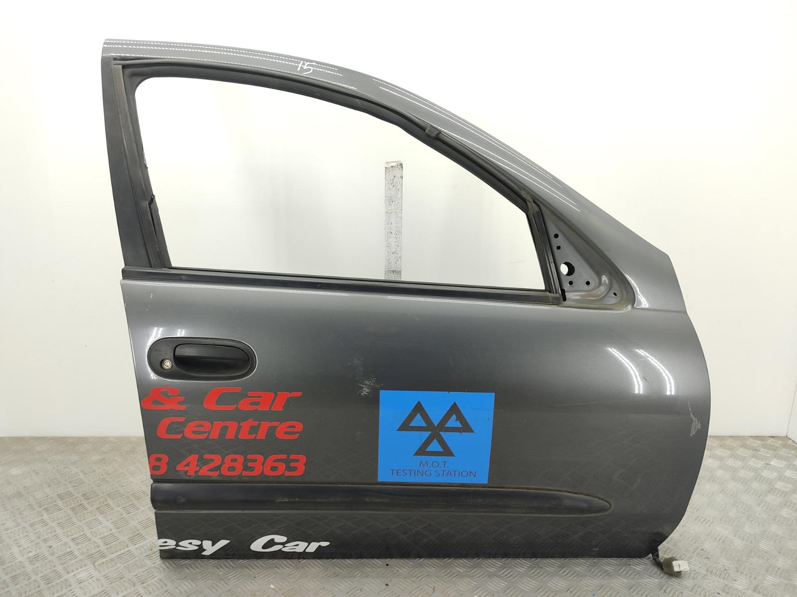 Дверь передняя правая Nissan Almera N16 1.5 I 2003 (б/у)