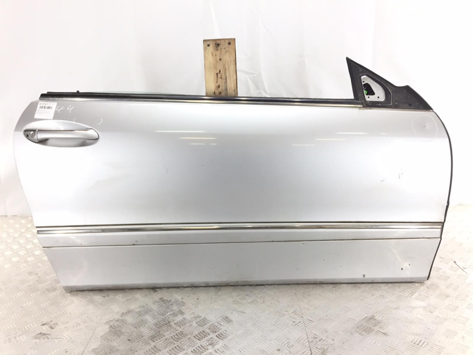 Дверь передняя правая Mercedes Clk W209 2.7 CDI 2003 (б/у)