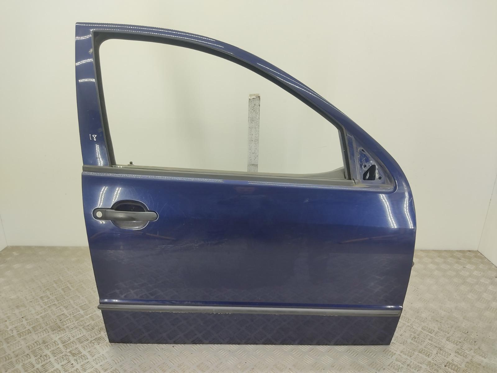 Дверь передняя правая Skoda Fabia 1 1.2 I 2004 (б/у)