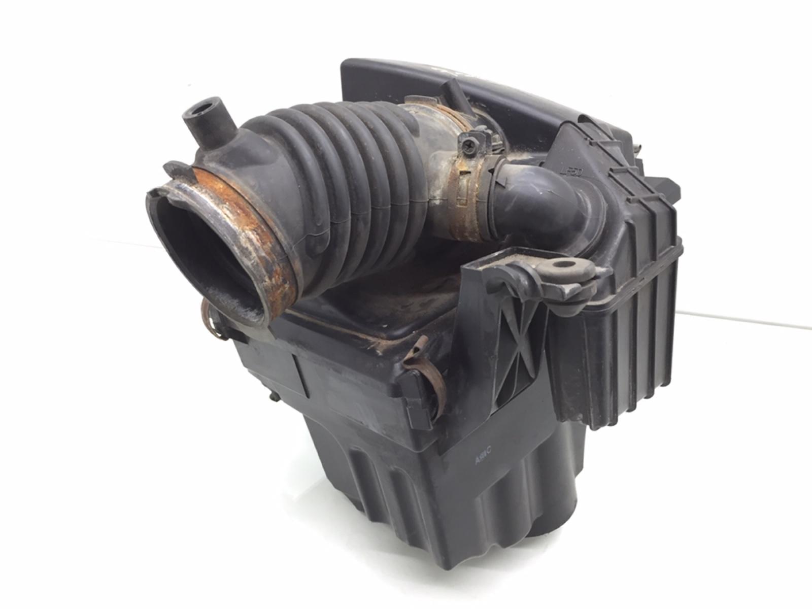 Корпус воздушного фильтра Mazda 5 2.0 I 2008 (б/у)