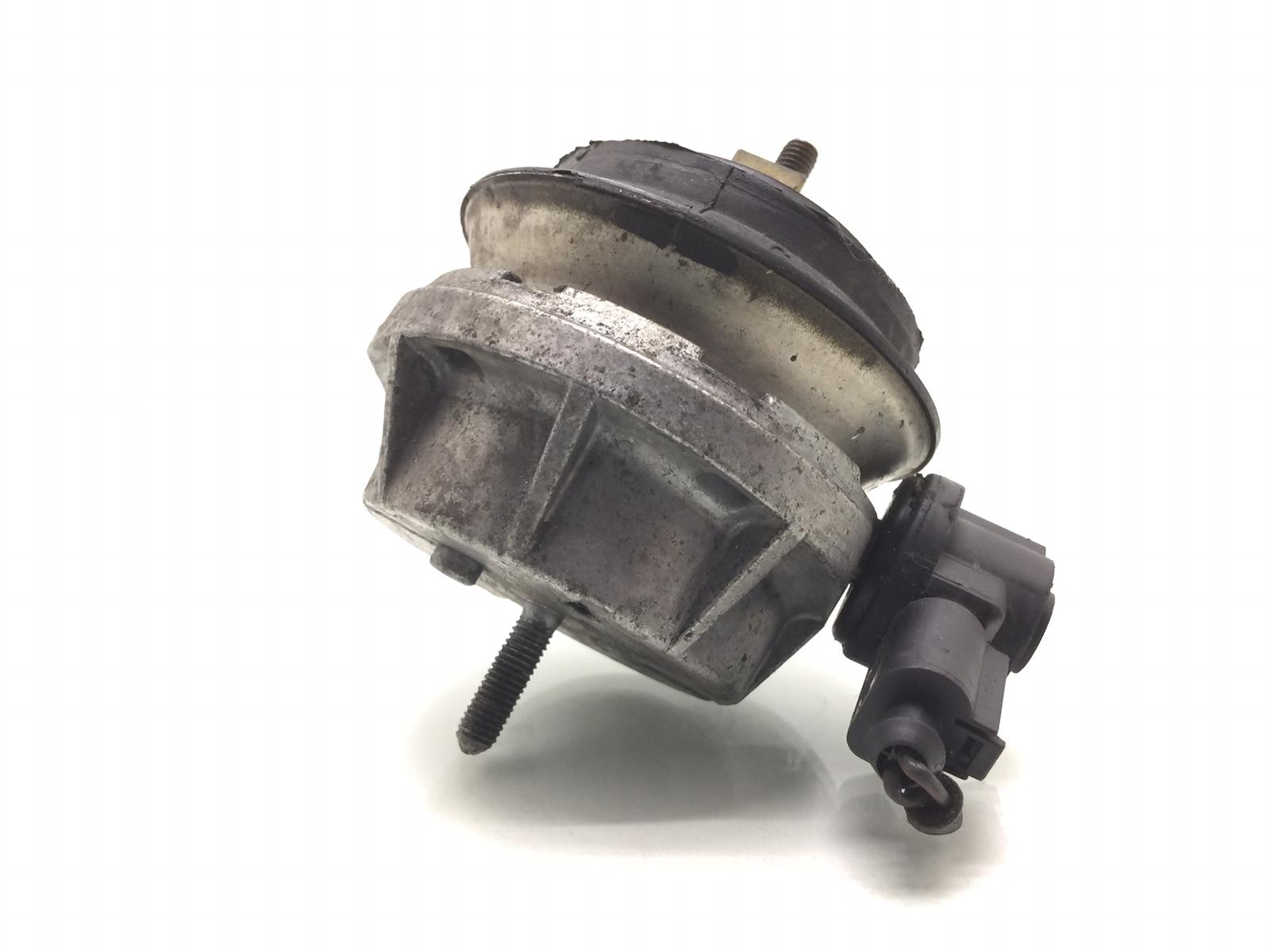 Подушка крепления двигателя Audi A6 C5 4.2 I 1999 (б/у)