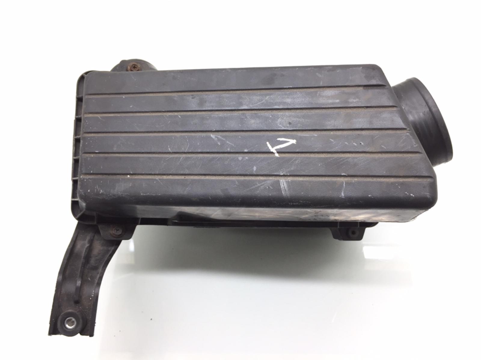 Корпус воздушного фильтра Honda Accord MK6 2.4 I 2005 (б/у)