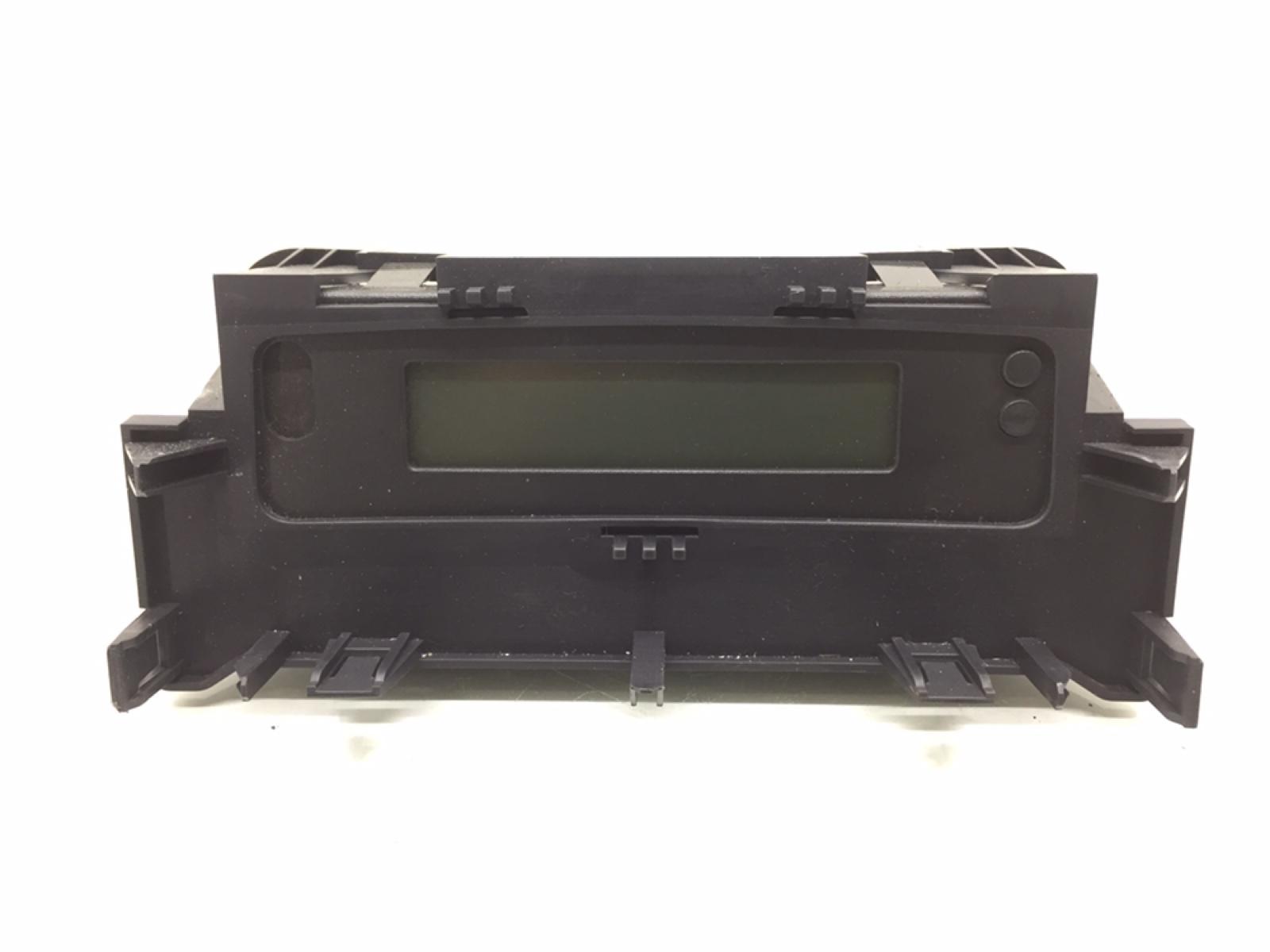Дисплей Renault Megane 1.6 I 2007 (б/у)