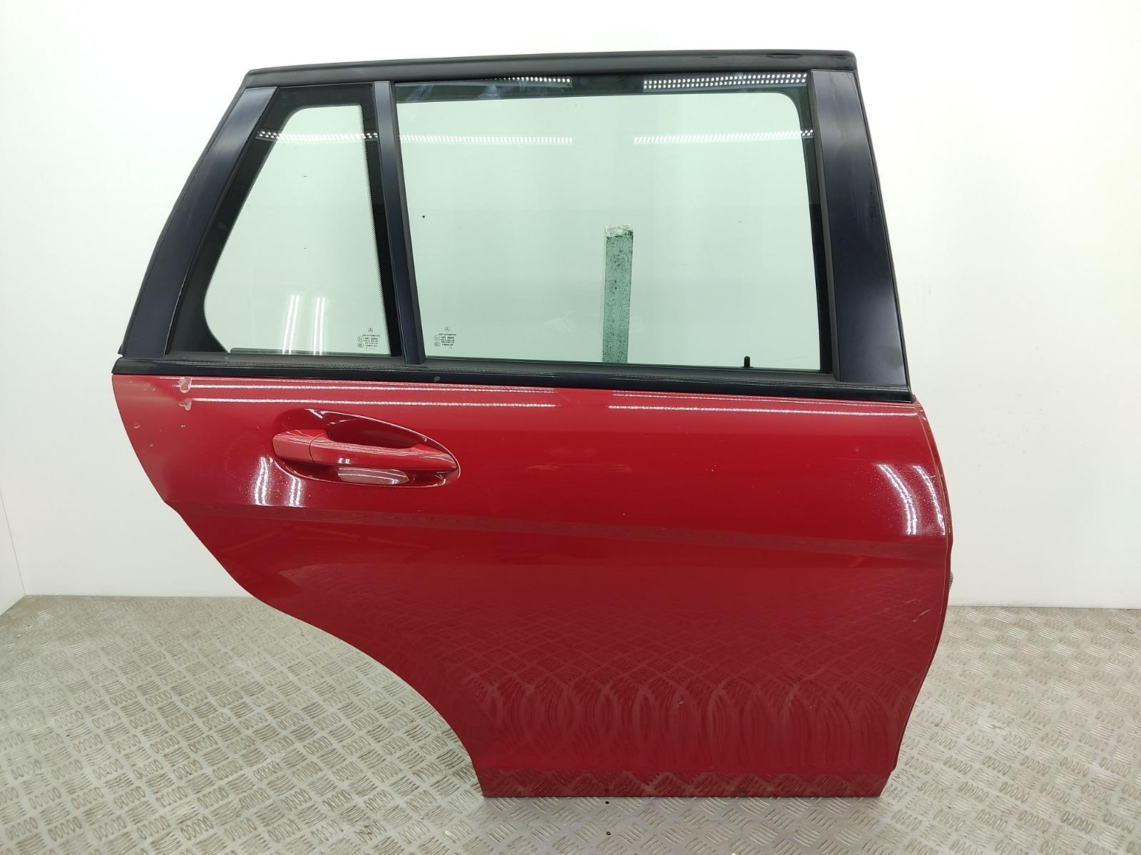 Дверь задняя правая Mercedes C W204 2.2 CDI 2012 (б/у)