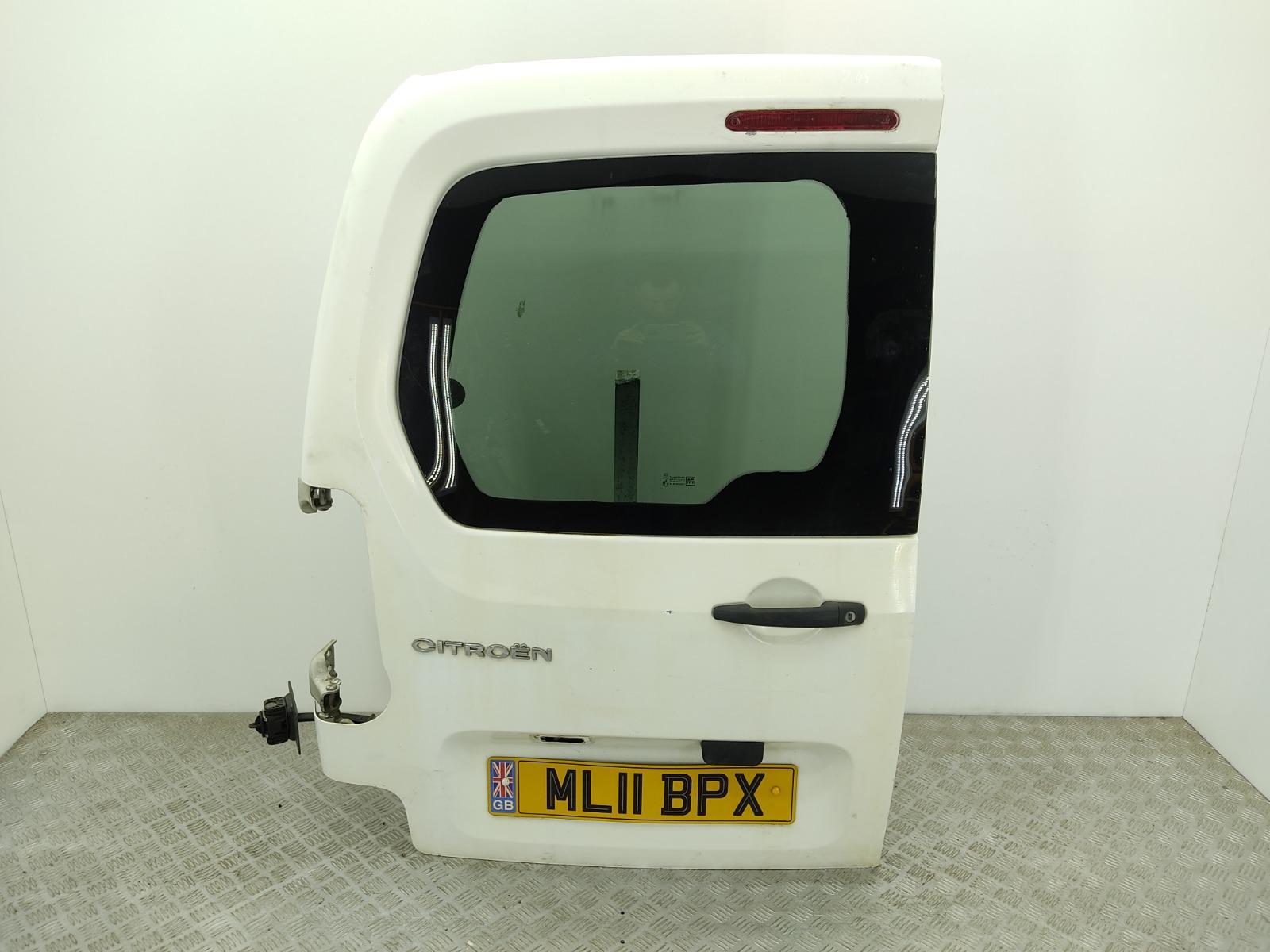 Дверь задняя распашная левая Citroen Berlingo 1.6 HDI 2011 (б/у)